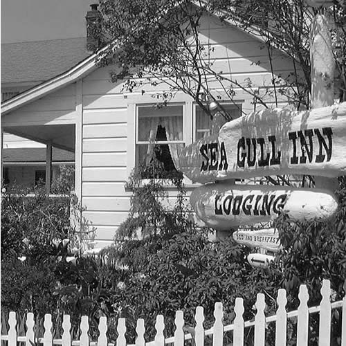mendocino bed and breakfast - black and white of the front of inn
